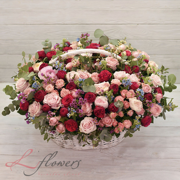 Flowers baskets - Belvedere - букеты в СПб
