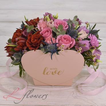 Flowers baskets - Valentine - букеты в СПб